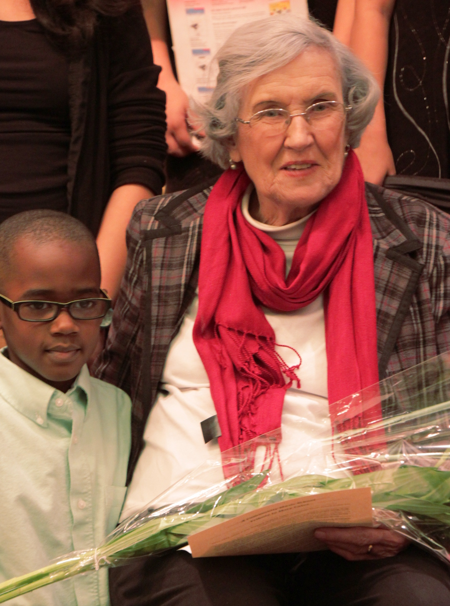 Mary Cates with a CMS student in 2013